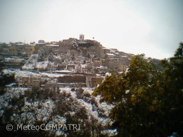 You are browsing images from the article: La neve del primo marzo 2004 nei Castelli Romani