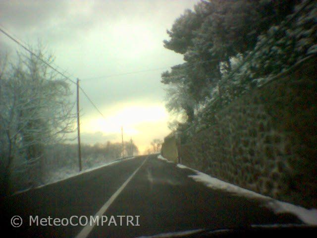 You are browsing images from the article: La neve del 27 febbraio 2005 nei Castelli Romani
