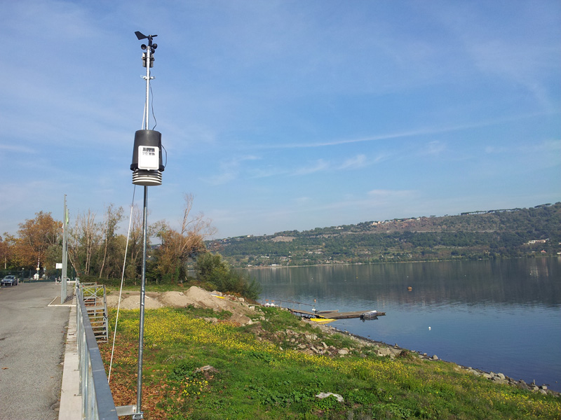 You are browsing images from the article: La stazione meteo del Lago Albano